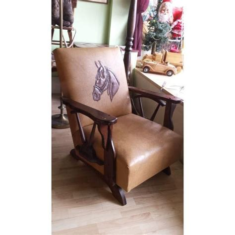 wagon wheel chair vintage 336 best images about rustic cowboy decor on