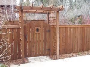Trellis Gates arched gate n trellis