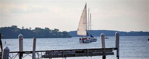 best lakes in wisconsin for boating wisconsin boating sailing travel wisconsin