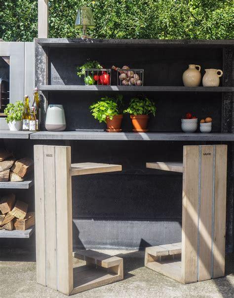 outdoor kitchen bar stools 216 best outdoor furniture images on pinterest