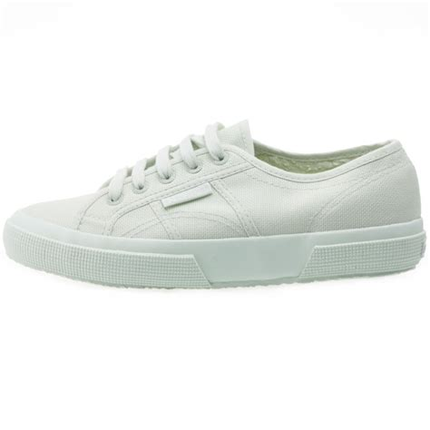 Superga 2750 Cotu Classic superga 2750 cotu classic womens trainers in mint