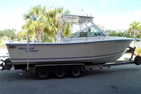 regulator boats express 1996 used regulator 26 express cruiser boat for sale