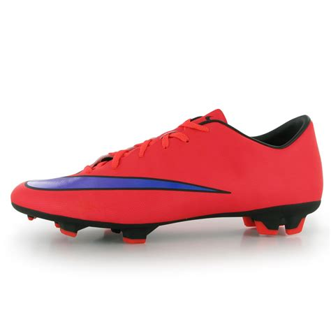 pics of football shoes nike football shoes sports direct images
