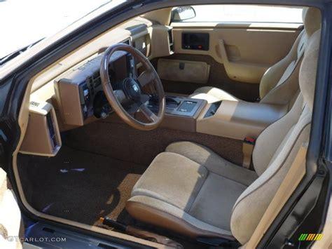 Pontiac Fiero Interior by 1986 Gold Metallic Pontiac Fiero Gt 29599770 Photo 15