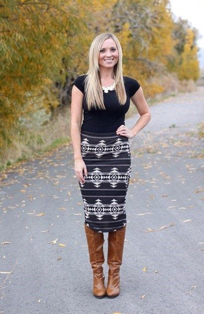 black aztec skirt with brown boot my style