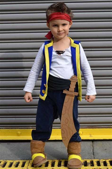 diy pirate costume diy jake and the never land costume marinobambinos
