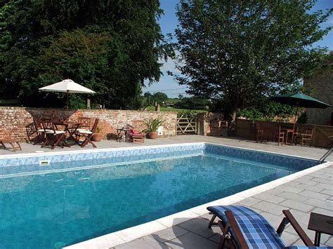 Cottages With Outdoor Pools by Self Catering Cottages In Somerset Clanville Manor