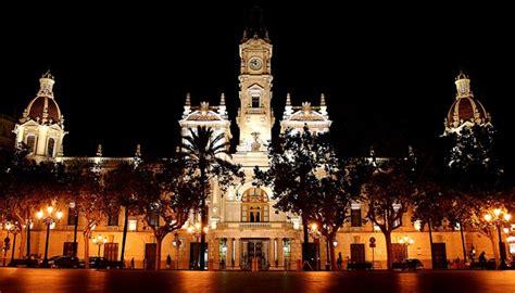 ayuntamiento de valencia ayuntamiento nochevieja en la plaza del ayuntamiento de valencia love