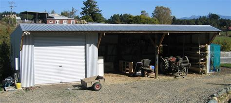pole sheds at mitre 10