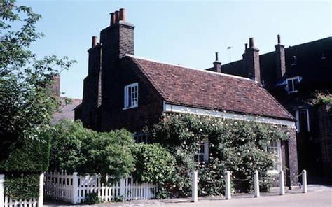 nottingham cottage: the kensington home where meghan and