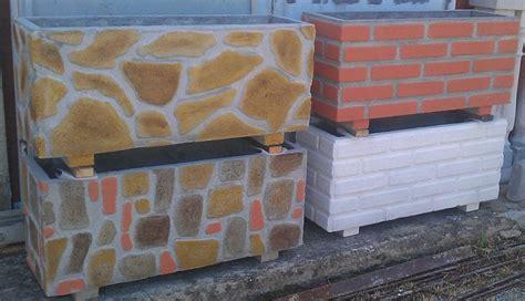 vasi in cemento prezzi fioriere cemento vasi e fioriere fioriere in cemento