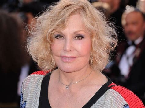 kim novak roles grin and bare it intrigue