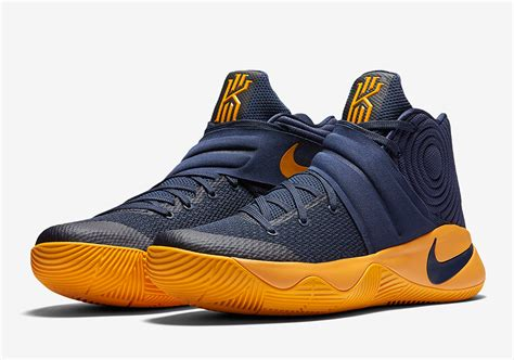 Sepatu Basket Nike Kyrie 2 Cavs Navy Blue Biru Dongker official images of the nike kyrie 2 cavs kicksonfire