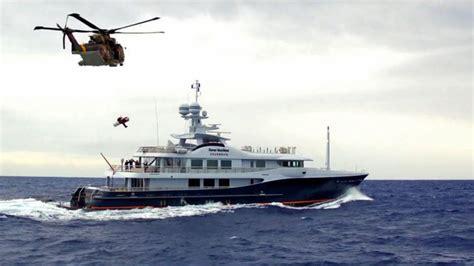 yacht gene machine gene machine helps portugal s rescue squadron 751 video