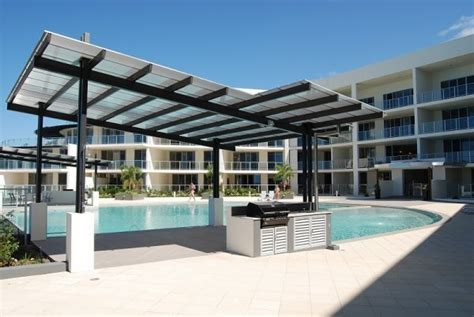 vue appartments cairns holiday deal ocean views luxury apartments trinity beach