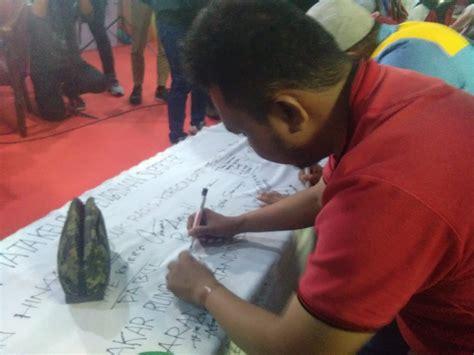 suporter tandatangani sikap damai  silaturahmi suporter