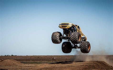 monster truck videos you skull monster truck rally hd wallpapers pickup truck
