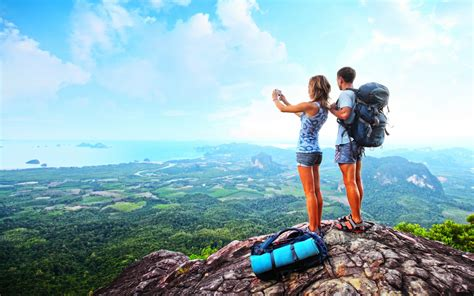 World Traveler 10 10 awesome tools every traveller needs to about