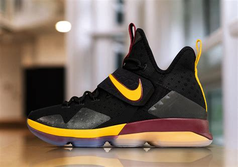 Sepatu Basket Lebron 14 Cavs Alternate nike lebron 14 alternate playoffs pe sneakernews