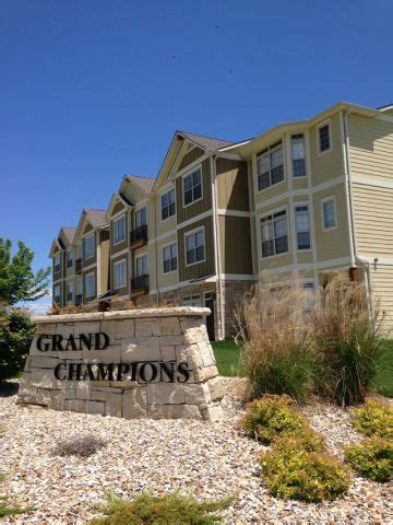 2 bedroom apartments in manhattan ks grand chions luxury apartments on colbert hills golf