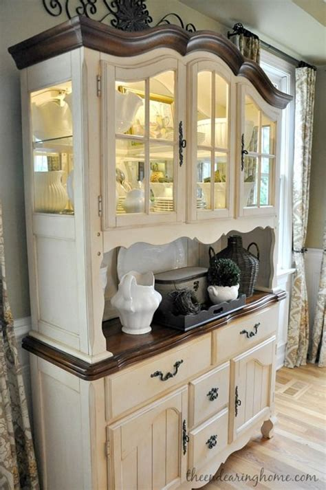 hutch cabinets dining room 25 best ideas about china cabinet painted on pinterest