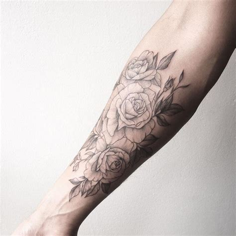 flower forearm tattoos 25 best ideas about forearm on
