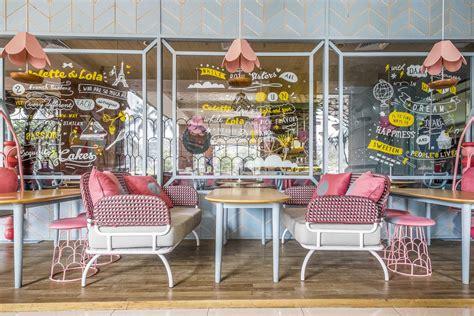 photo seating area restaurant colette lola puri indah