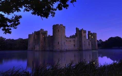 Castle Background Check Bodiam Castle Hd Wallpaper And Background 1920x1200