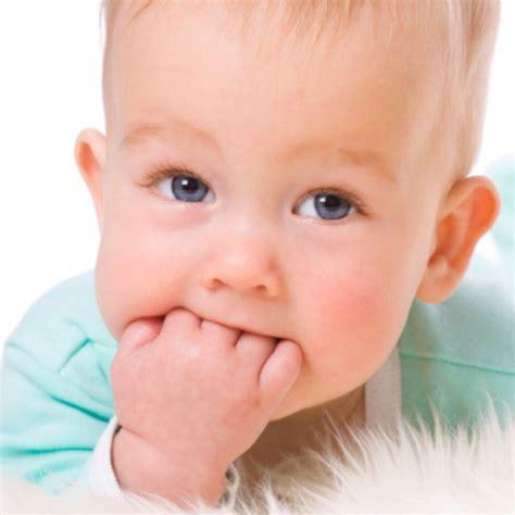 wann baby erster zahn otrok ima vročino mojpogled