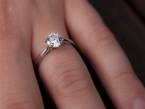 Engagement Rings On The Fingers by The One Thing You Shouldn T Do Right After You Get Engaged