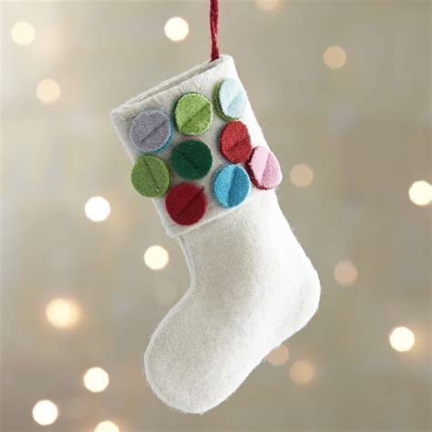 felt christmas ornaments   festive tree