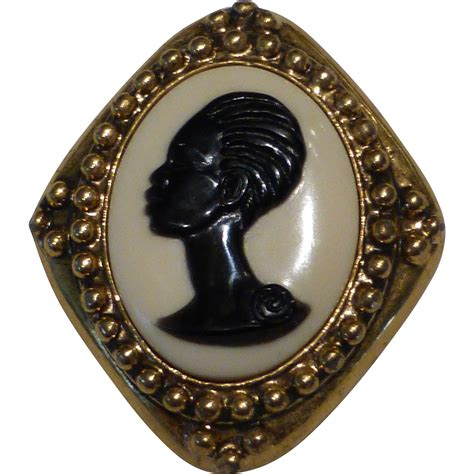Black Jewelry by Signed Coreen The Black Cameo Gold Pin Brooch