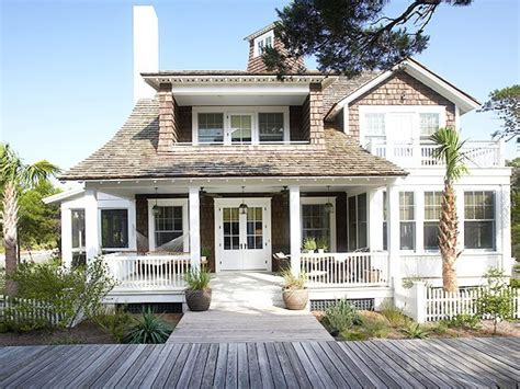 Coastal House | beach house exterior cute beach house exterior coastal
