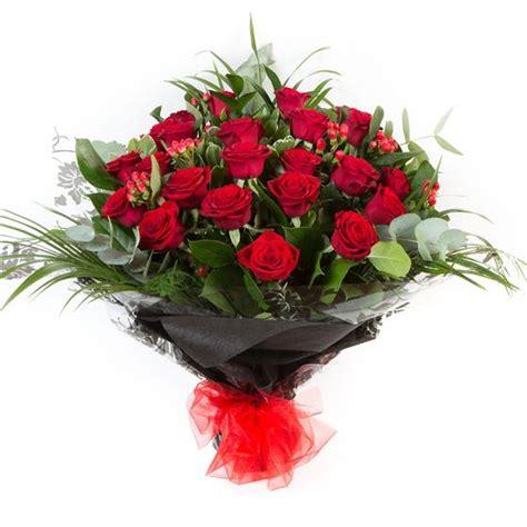 Gift Letter Ellie Mae Two Dozen Stemmed Roses Ellie Mae Florists Benfleet