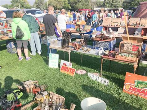 Tips For Flea Market Shopping by How To Shop Flea Markets For Cheap Home Decor Refresh Living