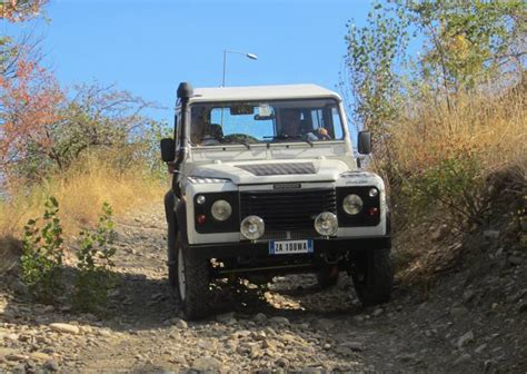 toyota land rover 1990 toyota vs land rover only off snc