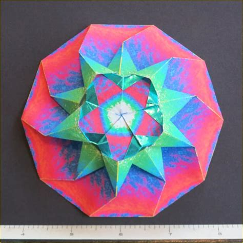 10 Note Origami - polygonal mandala decagon