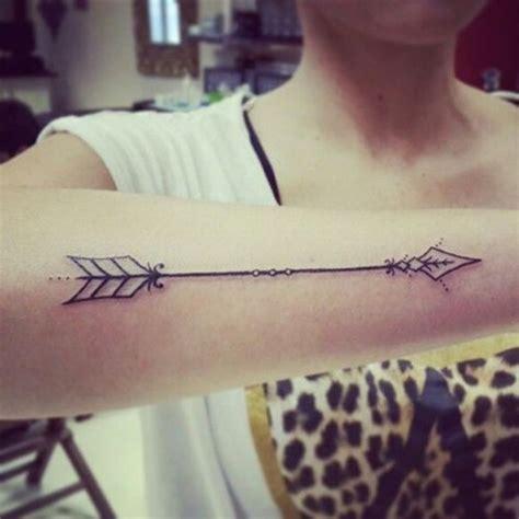 tattoo hand arrow 40 nice arrow tattoos desiznworld