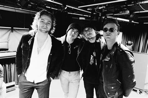 seconds of summer the institute march 5sos on their new single want you back flavourmag