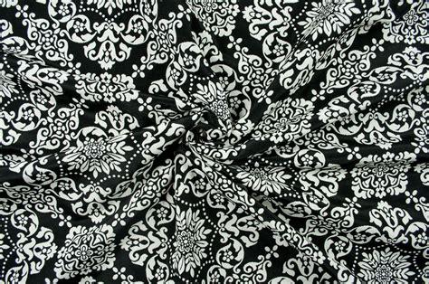 bergardinen schwarz wei jacquard dekostoff zweiseitig barock ornament