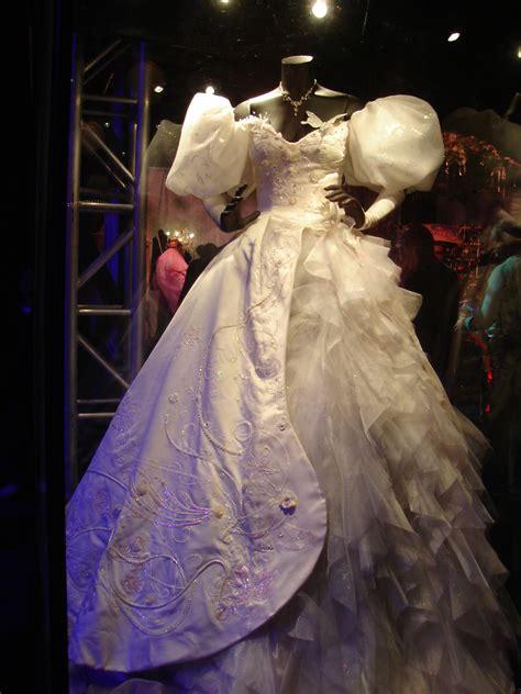 File:Enchanted costume   Wikipedia