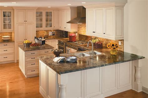 Average Cost Of New Kitchen Cabinets by Laminate Countertops For White Cabinets Best Laminate