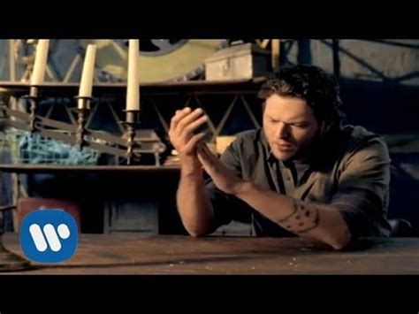 shelton the last country song feat shelton s playlist bs 12 songs mixerbox