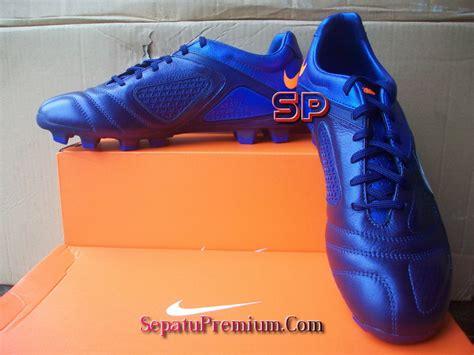 Sepatu Futsal Nike Ctr360 Libretto Original nike ctr360 libretto ii fg blue white blue sepatu bola