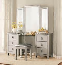 Vanity In Mirror 3 Homelegance Toulouse Vanity Dresser Mirror Stool