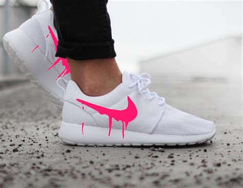 imagenes nike roshe nike roshe run one white with custom pink candy drip swoosh
