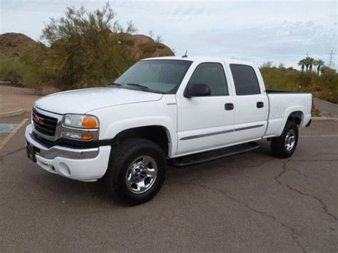sell used 2003 gmc sierra 2500 hd crew cab shorty 4x4 diesel affordable extra clean in