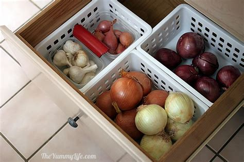 How To Store Potatoes And Onions In Pantry by How To Store Onions Garlic Shallots