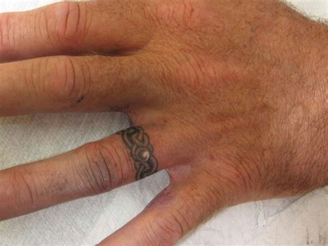 ring finger tattoo designs pictures 10 best images about wedding rings on matching