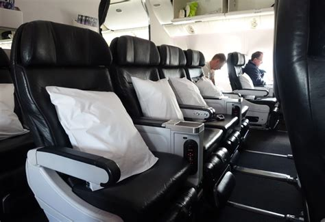 review air new zealand premium economy 777 200er travelsort